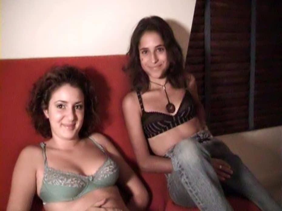Yasmina et Houria sodomisées pour la première fois