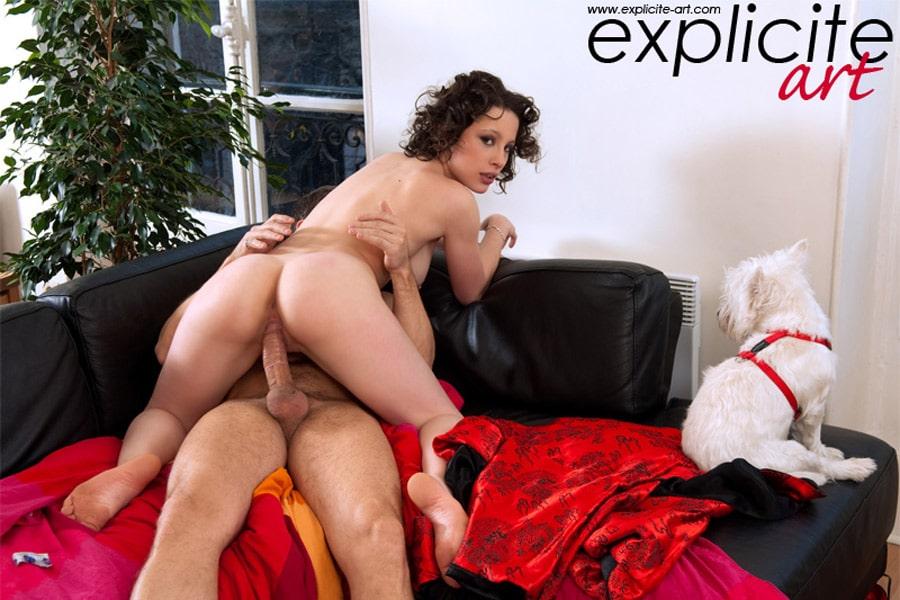 Nikita Bellucci baisée sur un rameur 5