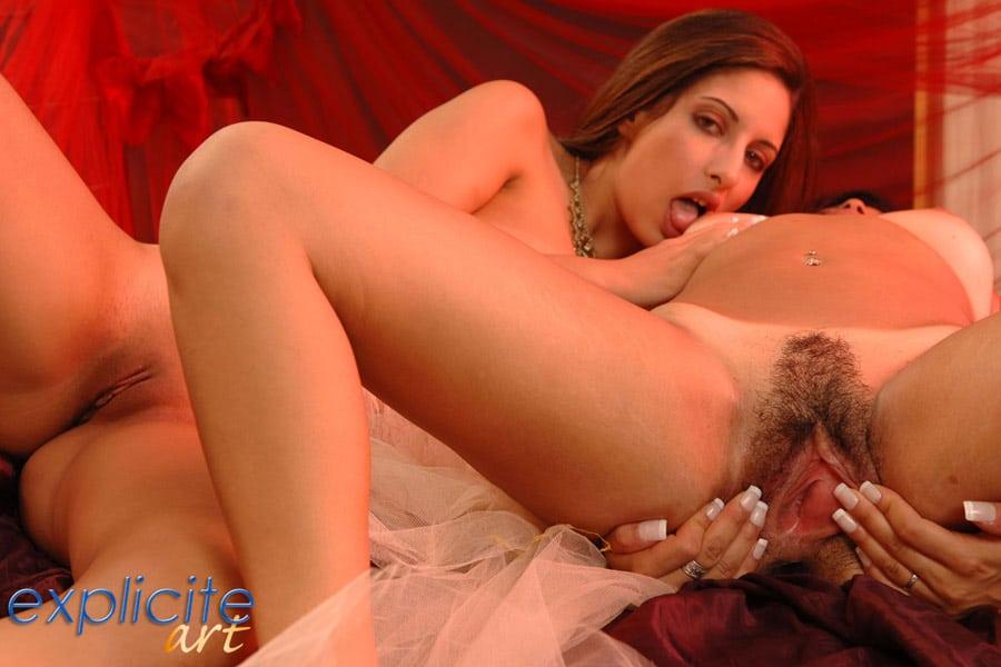 salome-leila-sheitan-chiara-lesbiennes-expliciteart-11
