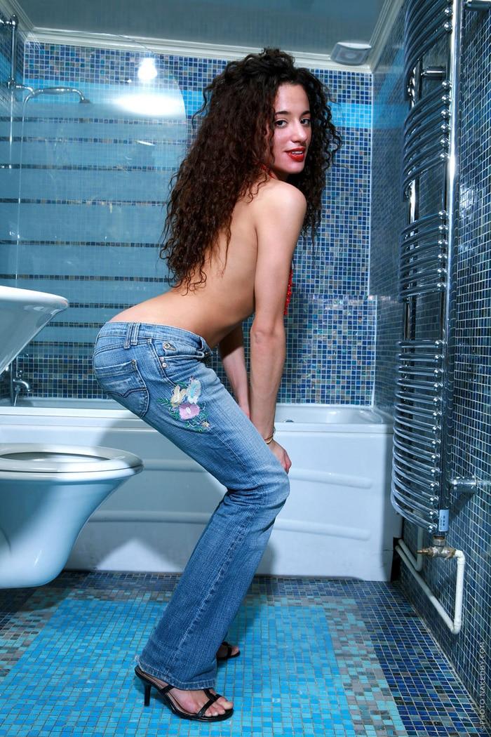 yasmine-teen-marocaine-petits-seins-hot-2