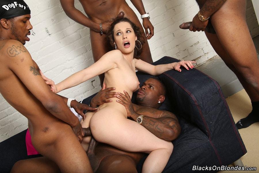 Nikita Bellucci gangbang interracial Blacks on blondes 11