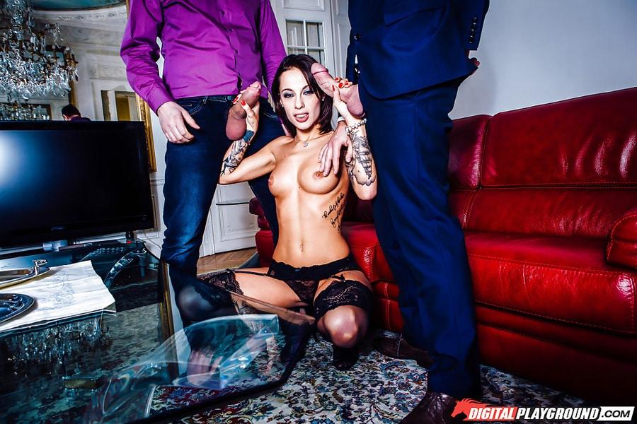 Nikita Bellucci triolisme Digital Playground 12